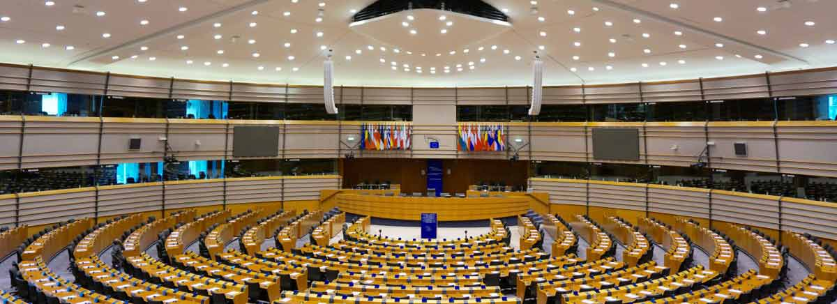 European Parliament votes to suspend Turkey's EU accession negotiations
