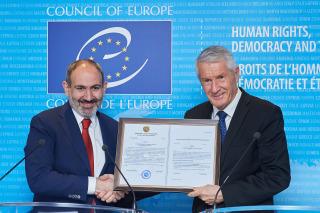 Armenian PM Nikol Pashinyan with Secretary General Thorbjørn Jagland of the Council of Europe